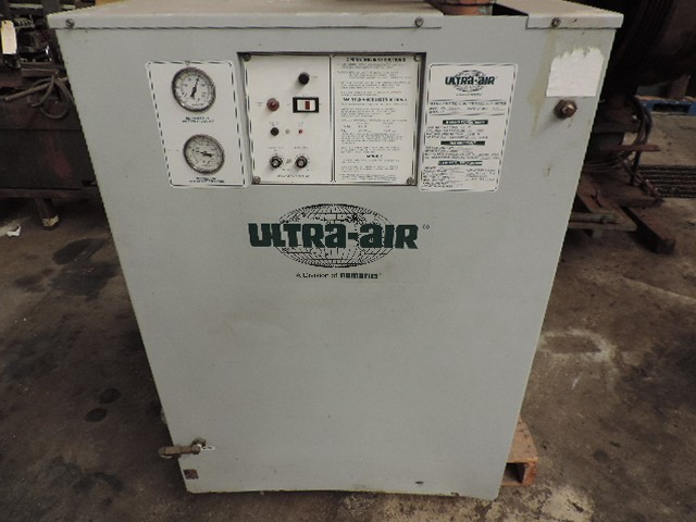 400 CFM, 125 PSI, ULTRA-AIR, No. UA400AC, 2 HP, 2002,